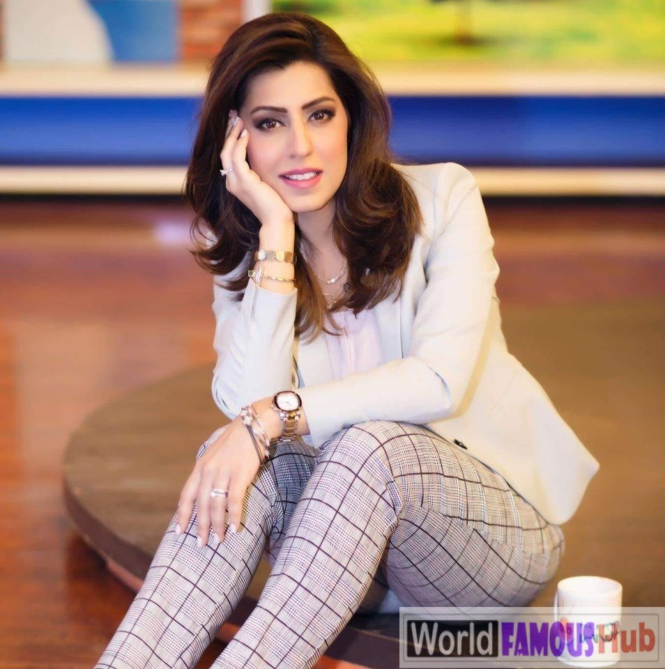Huma Amir Shah Biography, Wiki, Age, Family, Facts (Pakistani Anchor & Host)