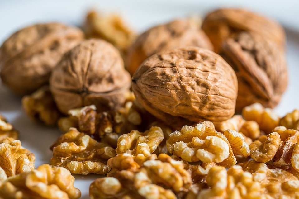 Akhrot ke fayde or nuksan | Benefits of Walnuts in Hindi/Urdu