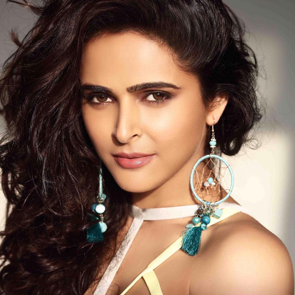 Madhurima Tuli – Education, Career, Bio, Family, Net Worth, Facts & More
