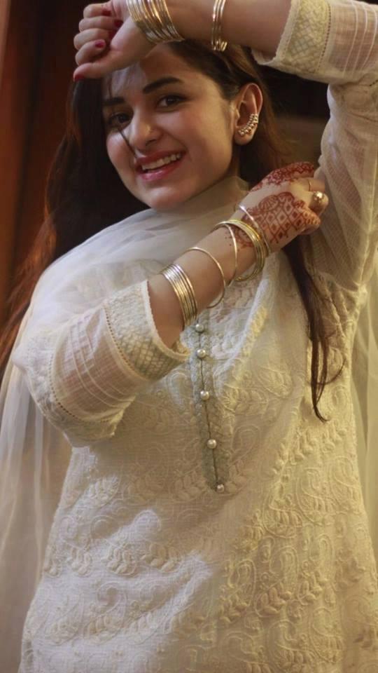 Yumna Zaidi (Pakistai Actress) Bio, Age, Family & Life Style